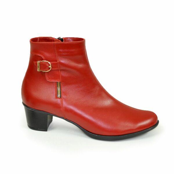 Женские классические кожаные зимние полуботинки на устойчивом каблуке, цвет красный