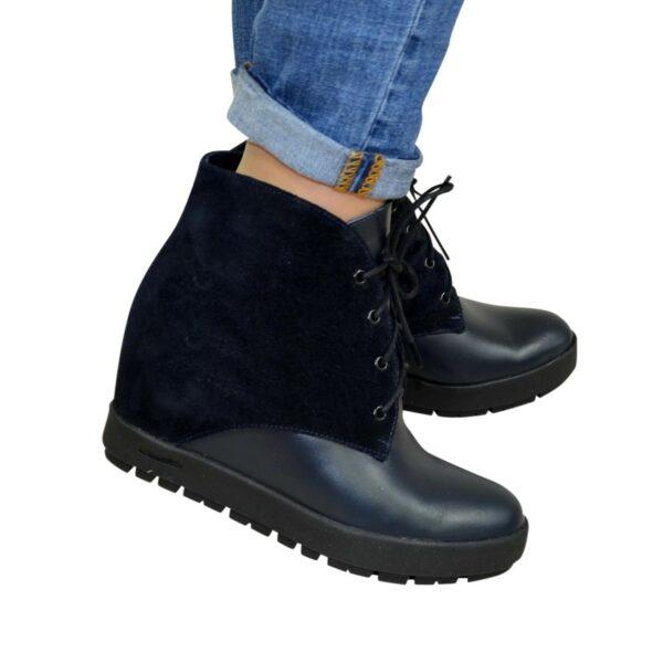 Женские ботинки зимние синие на скрытой платформе, натуральная кожа и замша