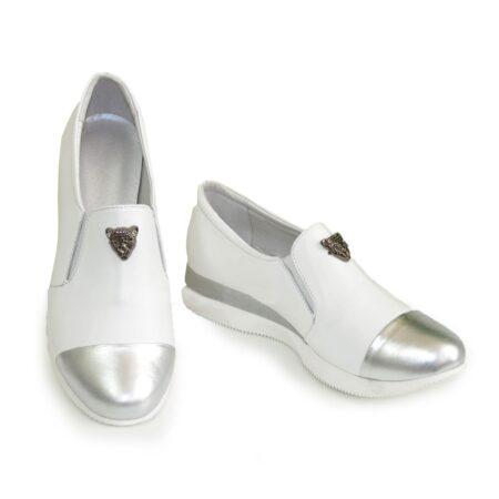 Женские мокасины кожаные на утолщенной подошве, цвет серебро/белый